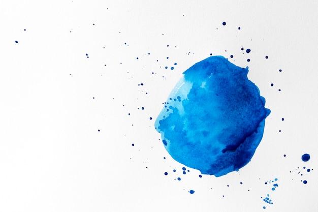Aquarel blauwe penseelstreek concept