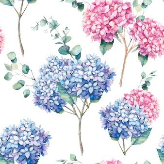 Aquarel naadloze patroon met hortensia bloemen, bladeren en eucalyptustakken. handgeschilderde herhalende achtergrond met florale elementen op een witte achtergrond. tuin stijl textuur