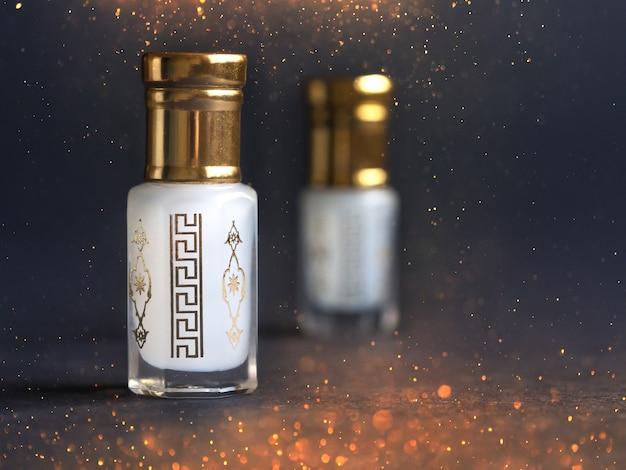 Arabian oud attar parfum in miniflesjes.