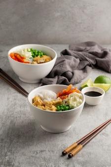 Arrangement met heerlijke vegan maaltijd