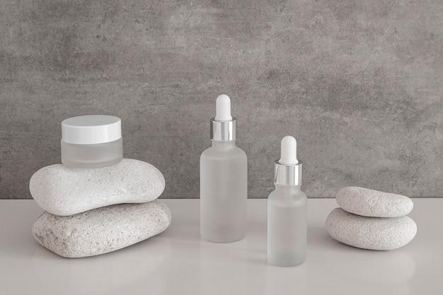 Arrangement voor huidoliedruppelaars en gezichtscrème