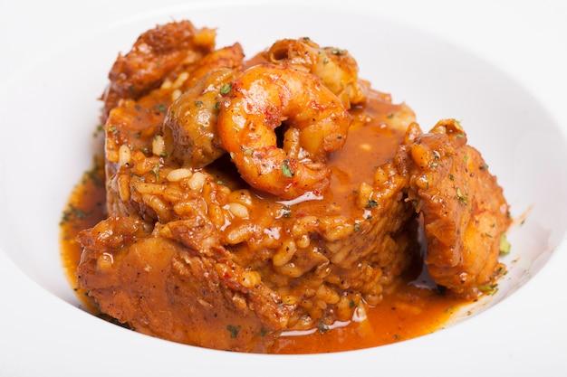 Arroz lekker valencia paella comida