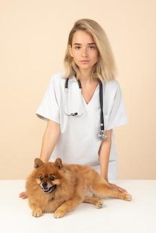 Arts met hond