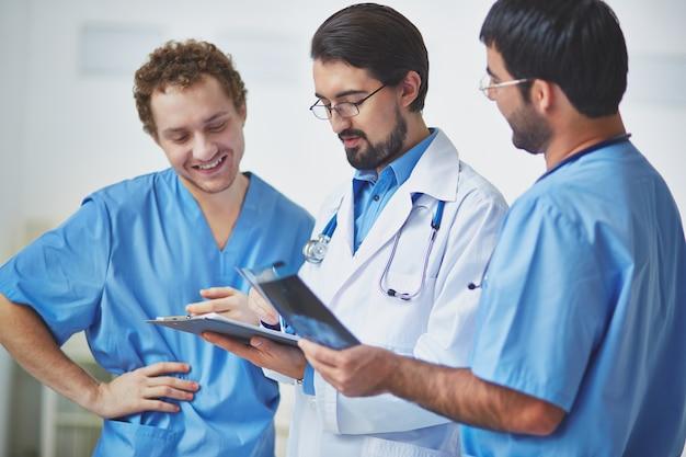 Artsen geven van hun mening