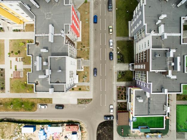 Asfalt, parkeerplaats, uitzicht van bovenaf