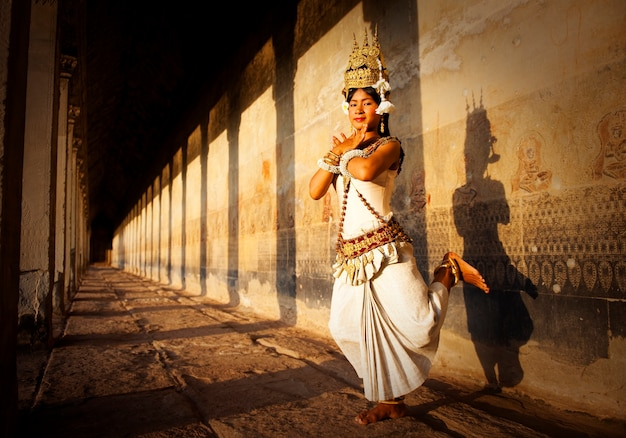 Aspara dancer in angkor wat