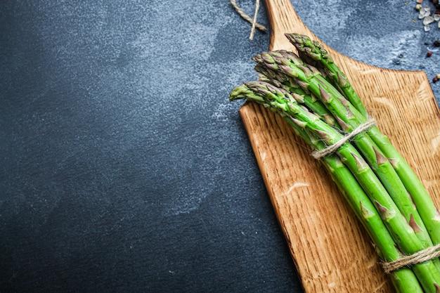 Asperges verse groene groenten