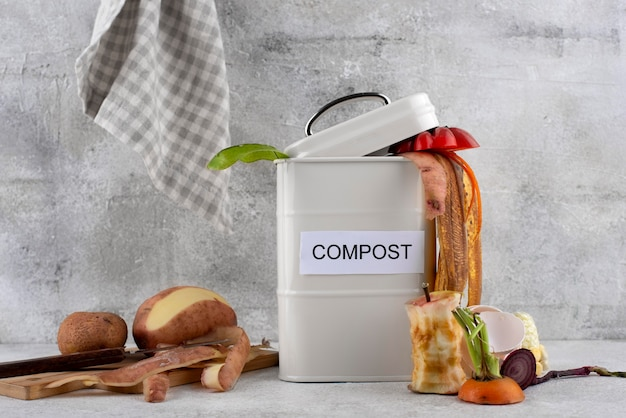 Assortiment compost gemaakt van rot voedsel