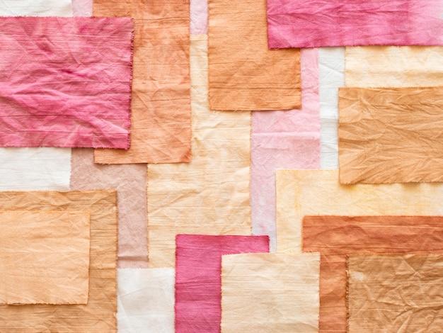 Assortiment doeken met natuurlijke pigmenten
