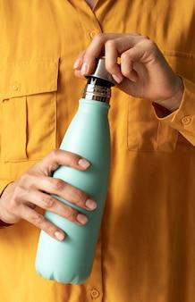 Assortiment met minimale beker voor drankjes