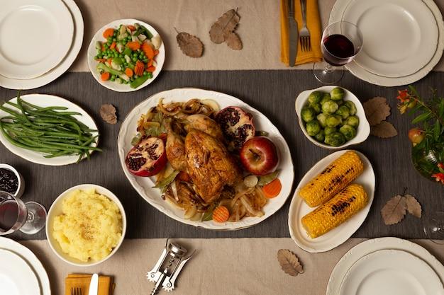 Assortiment thanksgiving diner op tafel