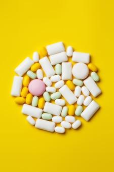 Assortiment van kauwgom en snoepjes