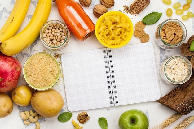 Assortiment van producten rijk aan koolhydraten