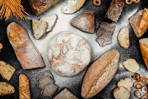 Assortiment van verschillende soorten brood