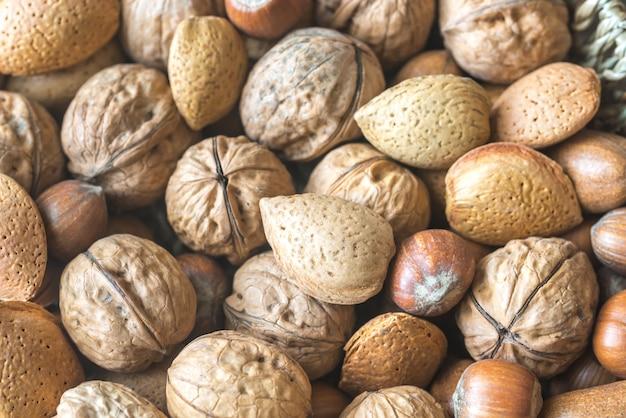 Assortiment van verschillende soorten noten