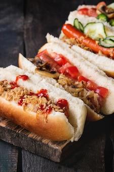 Assortiment van zelfgemaakte hotdogs