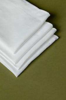 Assortiment witte zakdoeken