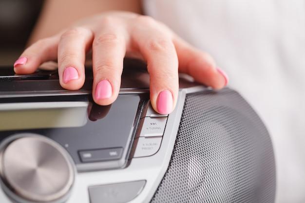 Audiosysteemcontrolebord dichte mening