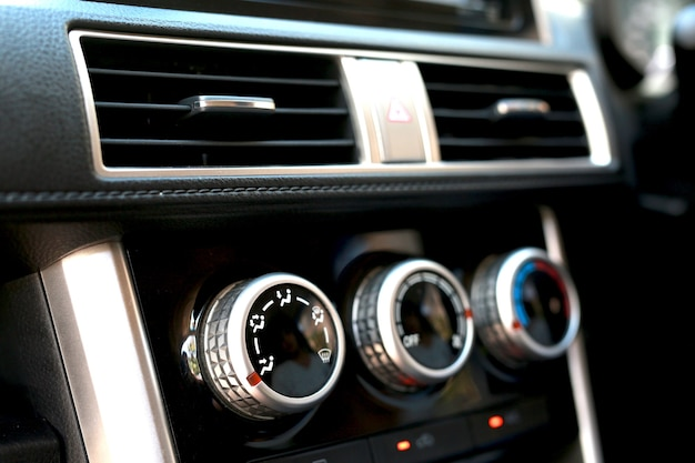Auto airconditioner warmte in de auto