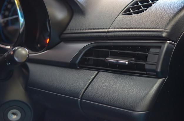 Auto airconditioner