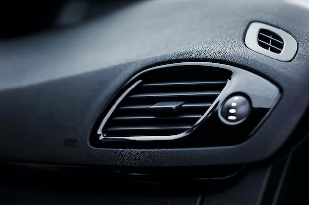 Auto airconditioning mondstuk auto ontluchter close-up
