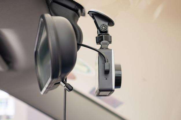 Auto cctv camera videorecorder voor veilig rijden op de weg