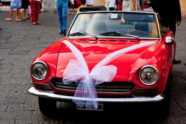 Auto ingericht voor een bruiloft