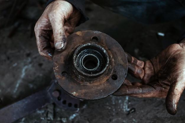Auto wielnaaf, schijfrem, reparatie, reparatie