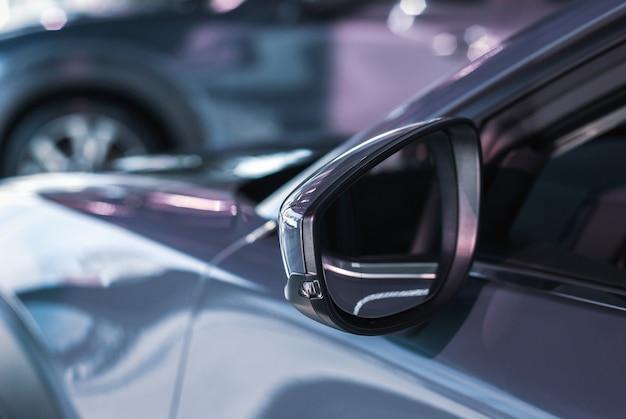 Auto zijspiegel met richtingaanwijzer