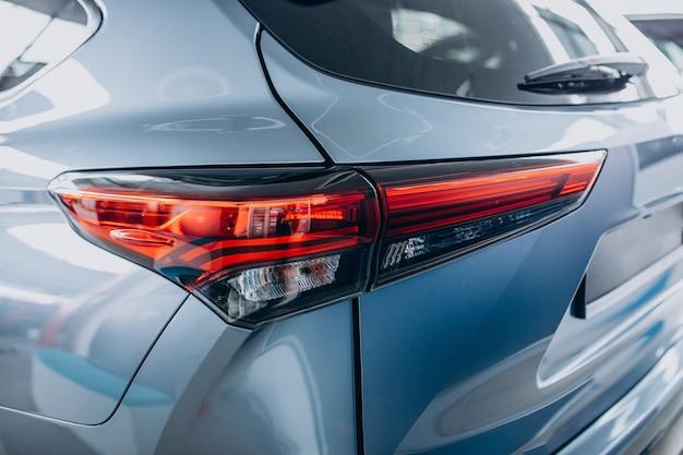 Automobiele details sluiten omhoog van nieuwe auto