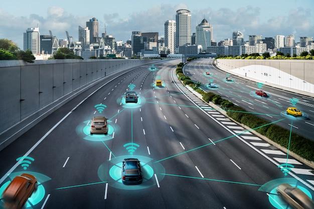 Autonoom autosensorsysteemconcept voor de veiligheid van de autobesturing zonder bestuurder Premium Foto
