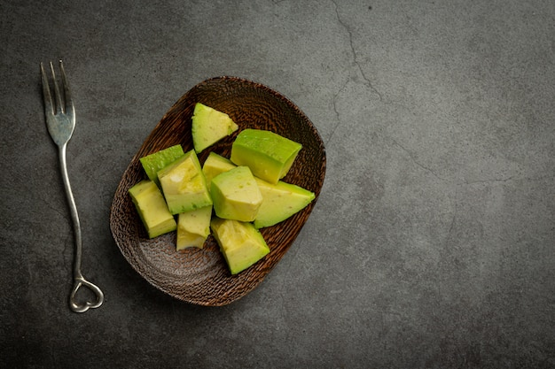 Avocadoproducten gemaakt van avocado's voedingsconcept.