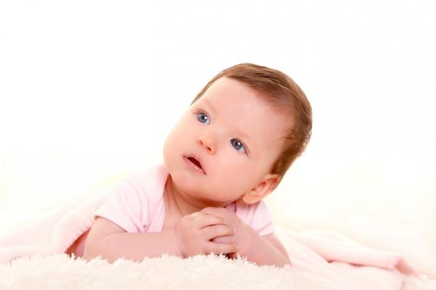 Baby meisje glimlachend jurk in roze met witte vacht