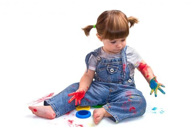 Baby meisje kunstenaar