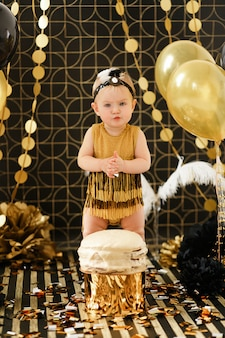 Baby verjaardagsfeestje met cake smash
