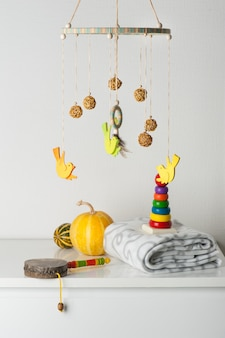 Babybedje mobiel en kinderspeelgoed