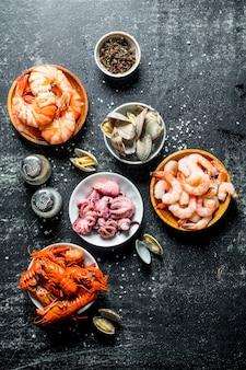 Babygarnalen, oesters, rivierkreeften en octopussen.