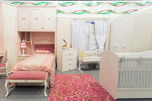 Babykamer in pastelkleuren