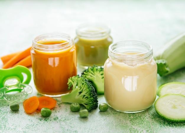 Babyvoeding, assortiment fruit- en groentepuree