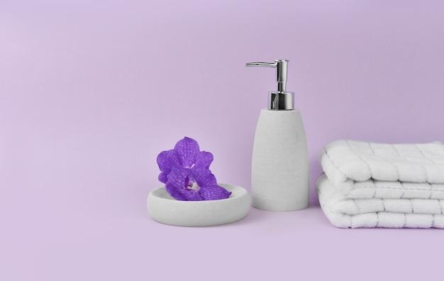 Badkamerbenodigdheden voor cosmetische producten voor hotelservice