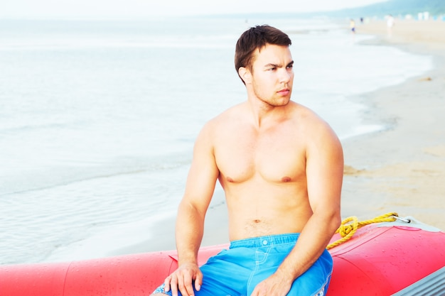 Badmeester op het strand