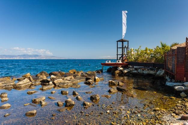 Badmeester tover en boot in reggio calabria