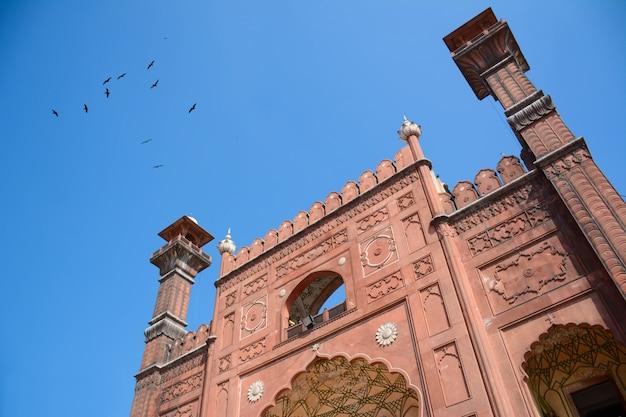 Badshahi moskee toegangspoort lahore punjab pakistan