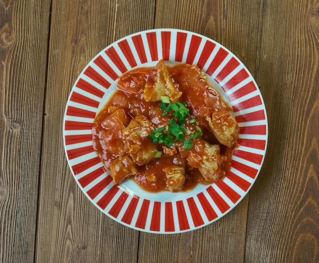 Balchao de porco pittige zeevruchten of vleesgerecht in de goan-keuken