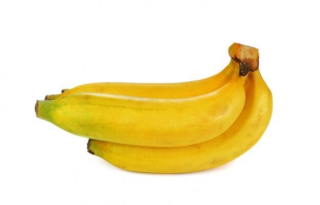 Bananen die op de witte achtergrond worden geïsoleerd