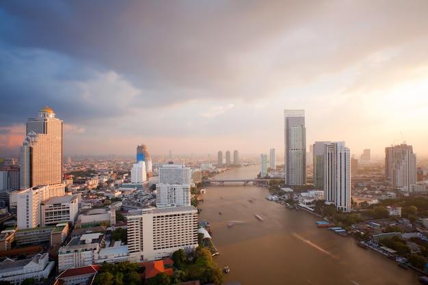 Bangkok skyline zonsondergang