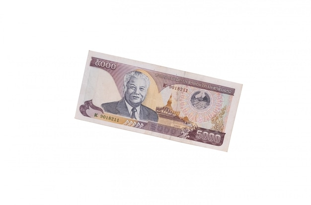 Bankbiljet 5000 kip dat op een wit wordt geïsoleerd Premium Foto