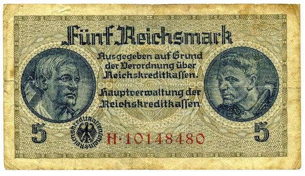 Bankbiljet vijf reichsmark begin jaren veertig van de twintigste eeuw. duitsland. omkering aan de voorkant.