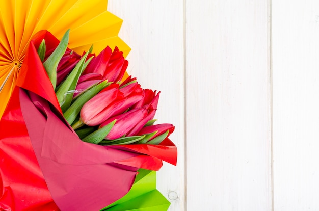 Banner met bloemen en helder papier decoraties childrens holiday feestelijke certificaat wenskaart