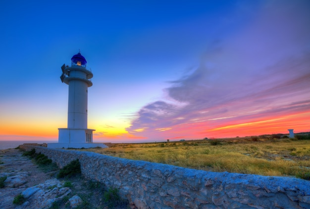 Barbaria berberia cape lighthouse formentera zonsondergang